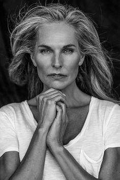 MaryAnn Elizabeth by Role Models Management Beautiful Women Over 50, Beautiful Old Woman, Photography Women, Portrait Photography, Grey Hair Model, Older Beauty, Wise Women, Ageless Beauty, Sexy Older Women