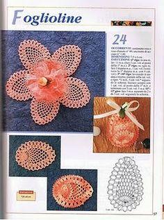closet for crocheted napkin: مفارش كروشية صغيرة للحلويات.crochet for candies
