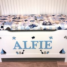 Brand new design.  Personalised beach seaside theme. Soft close hinge. Little Bow, Little Ones, Personalised Toy Box, Seaside Theme, White Box, Toy Boxes, Bedroom Designs, Happy Shopping, Memory Foam