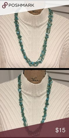 🌺🌼 SHELL NECKLACE 🌼🌺 🌺🌼 SHELL NECKLACE 🌼🌺 Beautiful necklace  preloved in great condition, Color is turquoise and length is adjustable. Jewelry Necklaces