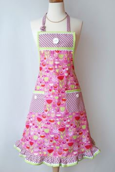 Retro Womens Apron All Occasion Apron Erin by CreativeChics