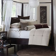 Mantra+bedding+collection+will+provide+elegance+to+any+bedroom.+The+comforter+and+shams+are+made+from+cotton+linen+with+rich+chocolate+brown+embroidery+pattern+creates+a+over+scale+windowpane+plaid+on+natural+cotton.+The+euro+shams+are+quilted+to+give+dimension+and+texture.+To+complete+this+modern,+yet+luxurious+look,+three+decorative+pillows+are+included+in+the+set.
