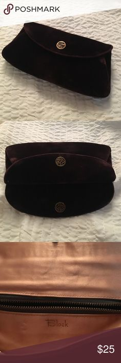 Burgundy velvet clutch Vintage clutch in very good condition. Beautiful velvet. block Bags Clutches & Wristlets
