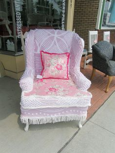 Sweet pink shabby chic-inspired slipcovered chair