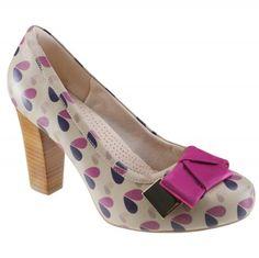 Sapato Usaflex Casual L1823/42 - Bege (Trevo) - Calçados Online Sandálias, Sapatos e Botas Femininas | Katy.com.br