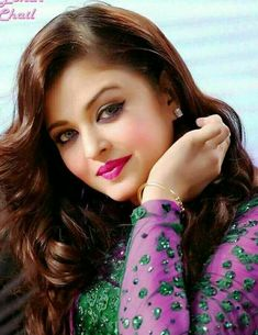 Aishwarya Rai is a talented artist and very popular among fans. Aishwarya Rai photo gallery with amazing pictures and wallpapers collection. Beautiful Girl Photo, Beautiful Girl Indian, Most Beautiful Indian Actress, Beautiful Actresses, Most Beautiful Women, Aishwarya Rai Makeup, Aishwarya Rai Photo, Actress Aishwarya Rai, Bollywood Girls
