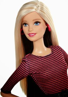 2015 Barbie Glam Fashionista - Who else loves how she looks more her age? =)