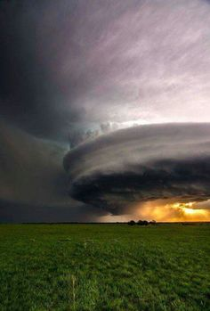 looks like a flying saucer to me!!!