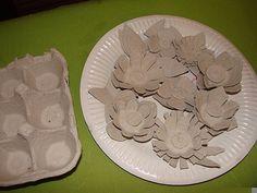 egg carton flowers maybe add to our cardboard frames Paper Flowers Diy, Handmade Flowers, Flower Crafts, Diy Paper, Fabric Flowers, Paper Crafts, Egg Carton Art, Egg Carton Crafts, Egg Cartons