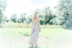 Elena Sonne Sommer Rücken Wind Kleid Shooting Porträt Andreas Benker Photography Bamberg