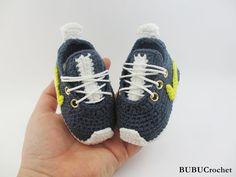 Crochet baby sneakers baby booties crochet sneakers por BUBUCrochet