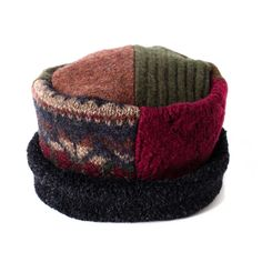Pillbox Hat - More Colors! Sweater Hat, Old Sweater, Vintage Jewelry Crafts, Diy Jewelry, Jewelry Making, Hat Patterns To Sew, Recycled Sweaters, Pillbox Hat, Girl With Hat