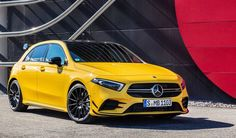 Mercedes-AMG A 35 hot hatch intermedia - MotorAge New Generation A Class Amg, Mercedes Benz Suv, Amg Petronas, Automobile, Benz G, Maybach, Amazing Cars, Scooters, Cool Cars