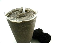 """Skinny Oreo Cookies and Cream Milkshake.  Here the cookies are """"pre-dunked"""" in the blender! Each has 118 calories, 2.5 grams of fat, and 3 Weight Watchers POINTS PLUS. http://www.skinnykitchen.com/recipes/skinny-oreo-cookies-and-cream-milkshake/"""