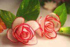 Wnętrza, Kwiaty z warzyw i owoców - Te cudeńka mogą służyć jako dekoracja do kuchni i na stół.