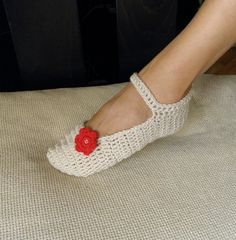 Pattern PDF - Mary Jane slippers - crochet - DIY tutorial - Quick and easy