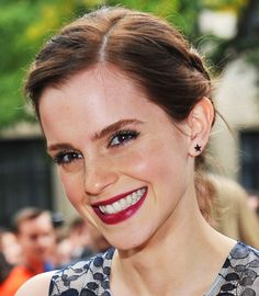 Emma Watson Bold brows, berry lips and feminine hair - LOVE everything about this!