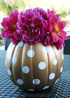"polka dots pumpkin vase flowers! Thanks for joining our ""Pin a Pumpkin"" Party!"