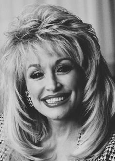 The Dolly Parton Scrapbook: Photo Medium Hair Cuts, Medium Hair Styles, Curly Hair Styles, Short Hairstyles For Women, Wig Hairstyles, Curling Iron Hairstyles, Dolly Parton Wigs, Peinados Pin Up, Shoulder Length Hair