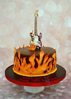 La guitare de Jimmy Hendrik pour un gâteau d'anniversaire en feu! Jimmy Hendrik guitar and a birthday cake on fire!