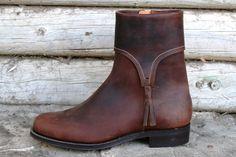 Spanish boot