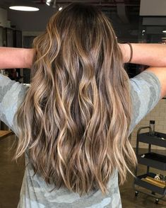 Brown Hair With Blonde Highlights, Balayage Hair Blonde, Hair Highlights, Light Brown Ombre Hair, Honey Balayage, Honey Blonde Highlights, Light Brunette Hair, Brown Balayage, Brown Hair Dyed Blonde