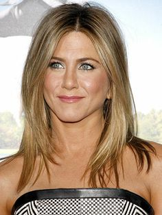 Jennifer Anniston is the queen of hairspiration.
