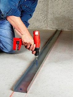 Consider using metal studs instead of traditional wood. Steel Frame Construction, New Home Construction, Concrete Block Walls, Metal Walls, Bathroom Design Layout, Wall Design, Metal Stud Framing, Framing A Basement, Study Table Designs