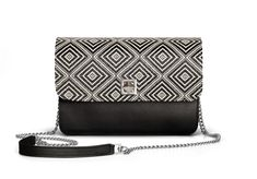 De Marquet - Night&Day: The Night&Day is a very versatile handbag with interchangeable covers that adapts to your style. This model features a black base and a black & white cover. Find your combination at www. Day Bag, Day For Night, Finding Yourself, Your Style, Base, Black And White, Cover, Fashion, Black White
