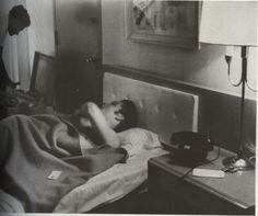 When Elvis Presley Sleeping (11-Photographs) – Elvis Presley