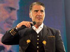 Alejandro Fernández, Serrat y Nacho Vegas darán conciertos este fin de semana