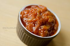 Tout le monde a sa recette de sauce du diable. Qu'on la serve avec un bon steak, de la fondue chinoise ou une raclette, c'est un inconto...