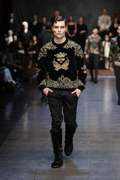dolce-and-gabbana-winter-2016-man-fashion-show-runway-20