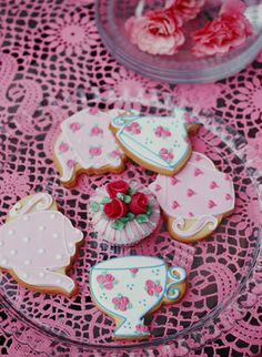 I need to find some tea cup and tea pot cookie cutters!!