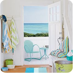 Do you LOVE the FRESH Cottage Style?we have plenty of wonderful fresh cottage style decor for you here at TCM TODAY! Coastal Colors, Home, Summer Decor, House Design, Cottage Style, Beach Cottage Style, Coastal Living, Coastal Cottage, Beach Cottage Decor