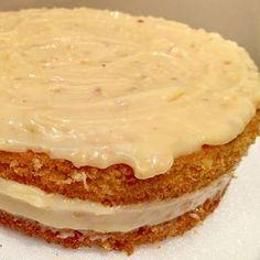 A Receita de recheio de amendoim para bolo fica bem firme Cookies Et Biscuits, Cake Cookies, Mousse, Ganache Frosting, Cake Fillings, Pasta, Other Recipes, Vanilla Cake, Camembert Cheese