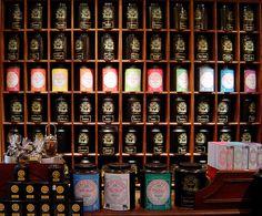 Shelves & Tea - Mariage Frères in Paris