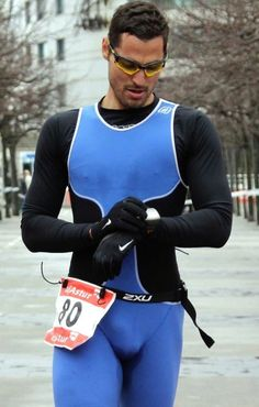Bulge and Jockstrap World Men's Triathlon, Sports Mix, Sport Mode, Lycra Men, Mens Tights, Sports Pictures, Super Sport, Cycling Outfit, Sport Fashion