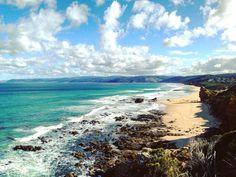 SPLIT POINT Great Ocean Road  Aireys Inlet - VIC  Australia . Natural Wonders of The Great Ocean Road. . Paisagens pela Great Ocean Road. . #australia #australesius2016 #australiatravel #aussietrip #oz #greatoceanroad #victoria #vic #victoriaaustralia #splitpointlighthouse #worldtravelpro #igersaustralia #splitpoint #mochileiros #mochileirosgrupofechado #brnomads #brazilnomads #australianomads #aireysinlet  #visitaustralia #worldnomads #eaglerock #eaglerockmarinesanctuary #trupedatrip…