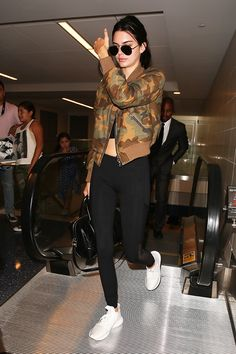 Did Kendall Jenner Just Bring Back Another Forgotten Trend? : Did Kendall Jenner Just Bring Back Another Forgotten Trend? Kendall Jenner Outfits, Kendall And Kylie Jenner, Celebrity Look, Look Fashion, Green Fashion, Spring Fashion, Winter Fashion, Nice Dresses, Street Style