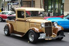 Vintage Pickup Trucks, Classic Pickup Trucks, Old Ford Trucks, Antique Trucks, Lifted Chevy Trucks, Old Ford Pickups, Lifted Ford, 4x4 Trucks, Vintage Cars