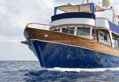 Boat rental for your #wedding in Italy or France http://www.weddingcastleitaly.com/boatwedding_italy.html
