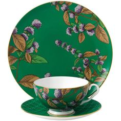 Wedgwood Tea Garden Tableware Set - 3 Piece - Green Tea & Mint ($110) ❤ liked on Polyvore featuring home, kitchen & dining, drinkware, green, wedgwood saucer, tea-cup, bone china tea cups and saucers, wedgwood and floral tea cups