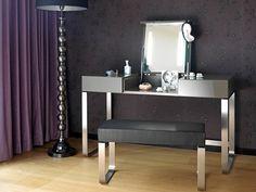 Модный туалетный столик в спальню - Hesperide - http://mebelnews.com/modnyj-tualetnyj-stolik-v-spalnyu-hesperide
