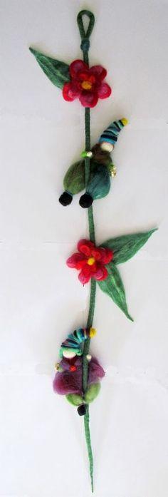Felt Dolls, Felt Art, Needle Felting, Wool Felt, Diy And Crafts, Projects To Try, Creations, Christmas Ornaments, Holiday Decor