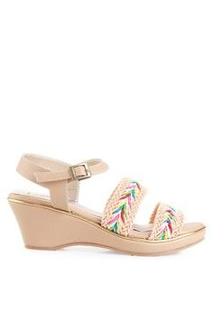 Wanita > Sepatu > Wedges > Sandal Wedges > Braxton > Farish