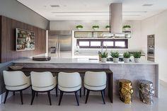 Resultado de imagem para layout cozinha e estar luxo