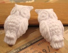 German Lucite White Owl Beads  2 Count by beadbarnsupplies on Etsy, $4.00