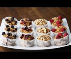 These apple cinnamon oatmeal muffins are great for breakfast! Banana Bread Muffins, Chocolate Banana Bread, Healthy Banana Bread, Oatmeal Muffins, Apple Cinnamon Oatmeal, Breakfast On The Go, Free Breakfast, Healthy Baking, No Bake Desserts