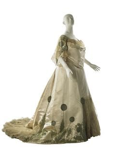 Worth Ball gown 1904